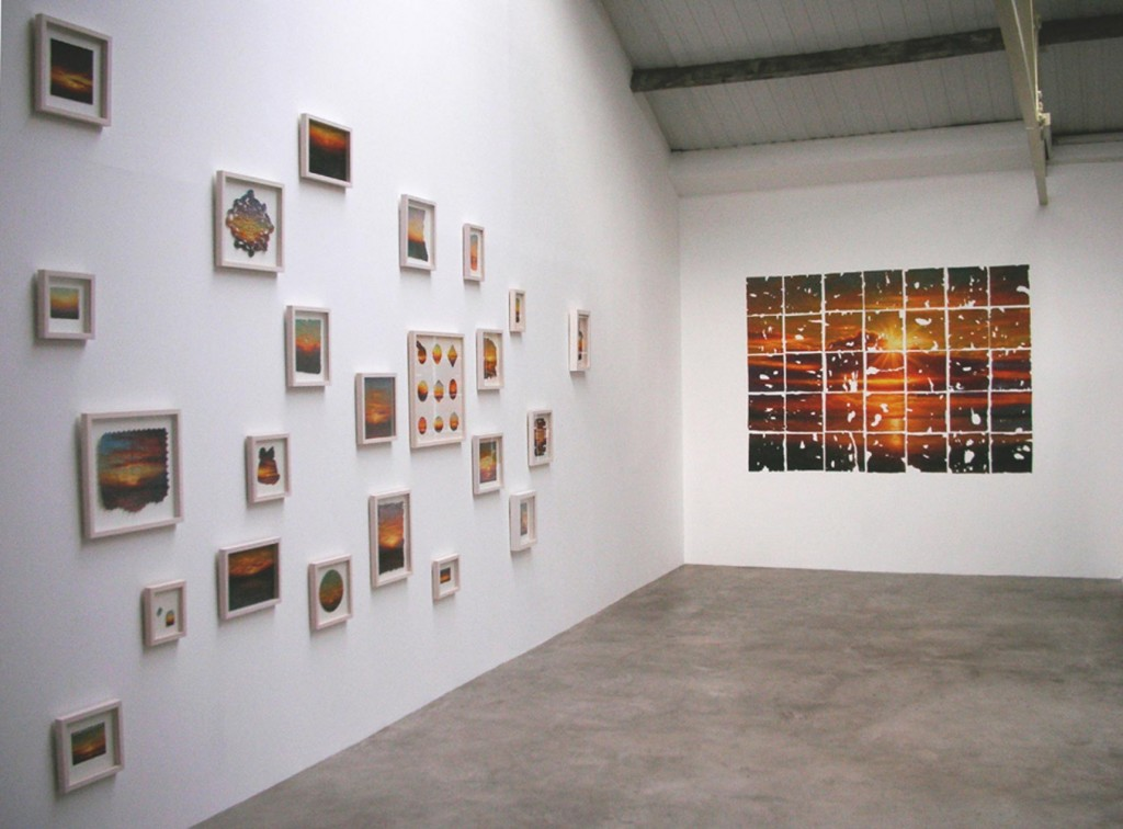 1_Petri-Ala-Maunus_Nine-Years-of-Sunsets_Installation-view_copyright-the-artist-and-mothers-tankstation