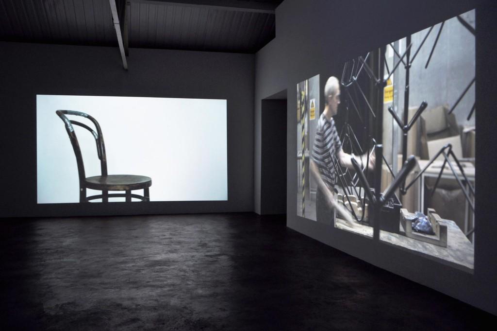 5_Aurelien-Froment_9-Intervals_Installation-view_copyright-the-artist-and-mothers-tankstation