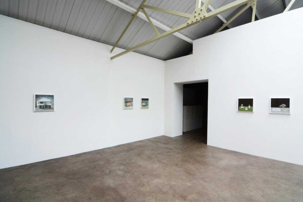 5_Noel-McKenna_Concealing-the-Spot_Installation-view_copyright-the-artist-and-mothers-tankstation