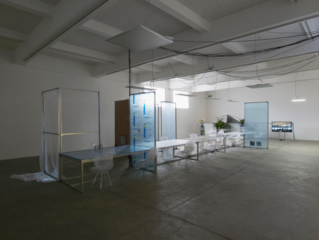 1.-YP_user,space_communal-table-for-user,-space-4_lights-off_Copyright-the-artist-and-mother's-tankstation