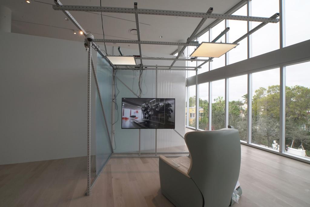 2.-Yuri-Pattison_The-Everywhere-Studio_intermodalism-study-(working-title)_-Installation-view-near_Copyright-the-artist-and-mother's-tankstation-Dublin_London