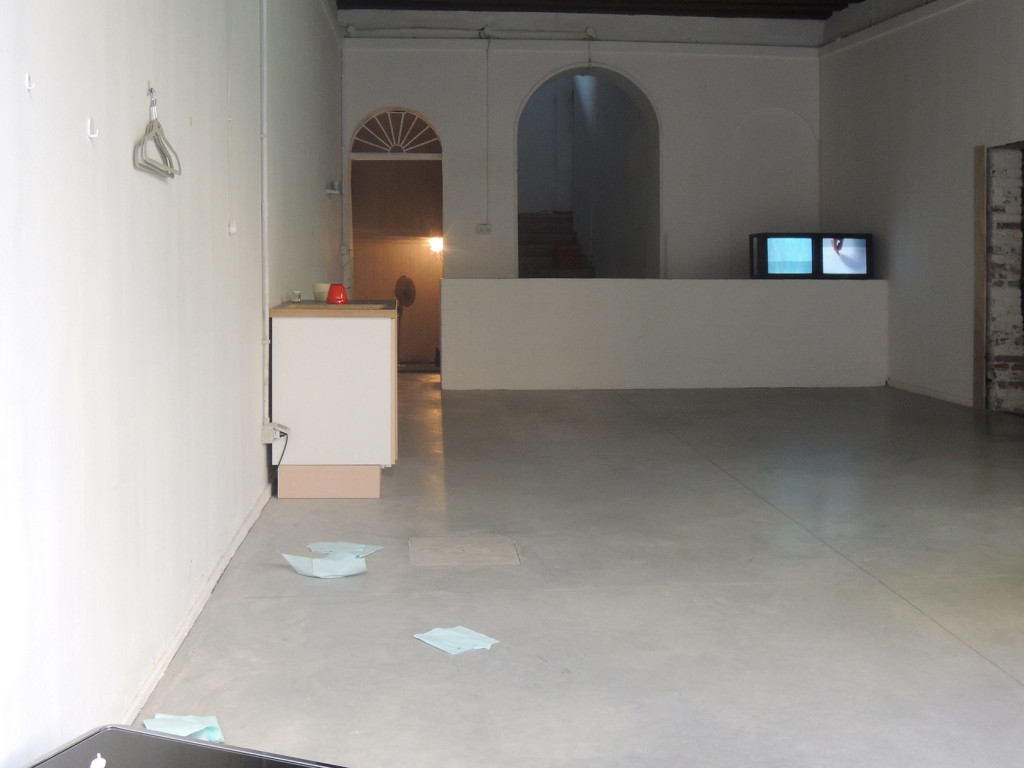 Lee-Kit_You-(you)._Venice-Biennale_2015_installation-view_15_Copyright-the-artist-and-mother's-tankstation-Dublin-and-London