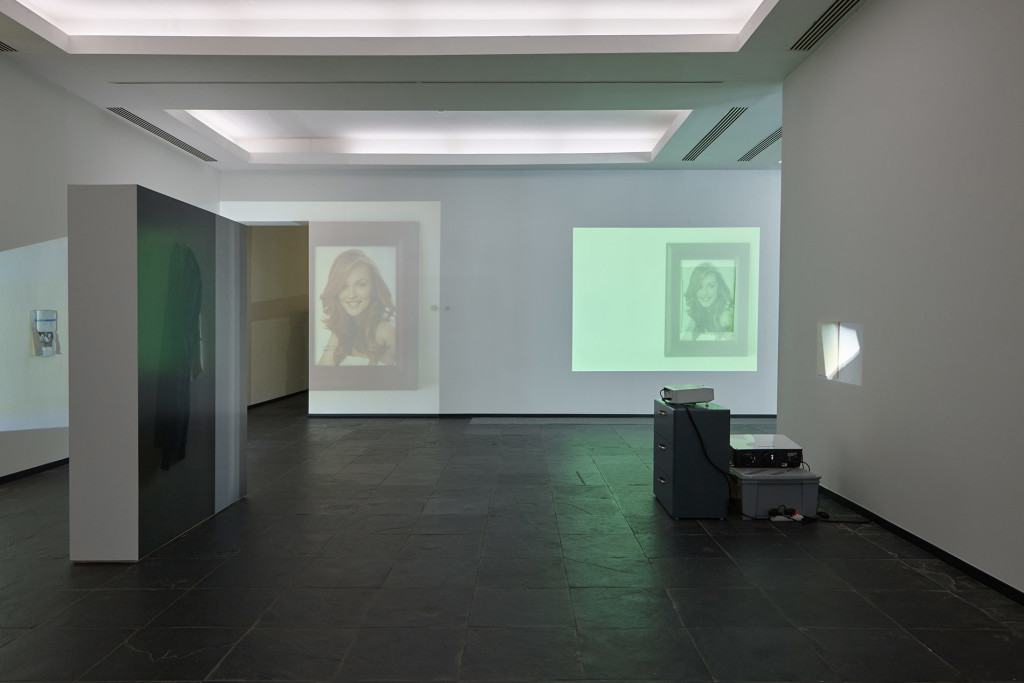 3.-Lee-Kit_A-small-sound-in-your-head_installation-view__Copyright-the-artist-and-mother's-tankstation