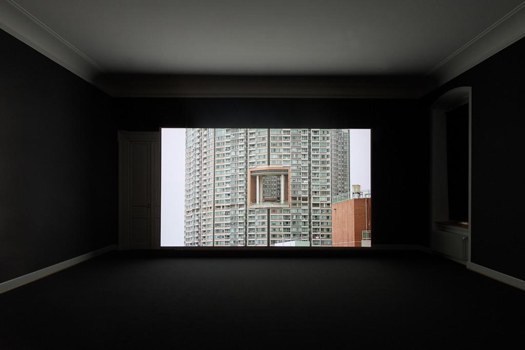 8.Nina-Canell_Reflexologies_St-Gallen_Energy-Budget_Installation-view_Sebastian-Stadler