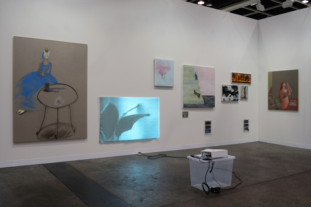 3.-Art-Basel-Hong-Kong-2019_Installation-view_Copyright-the-artists-and-mother's-tankstation-limited