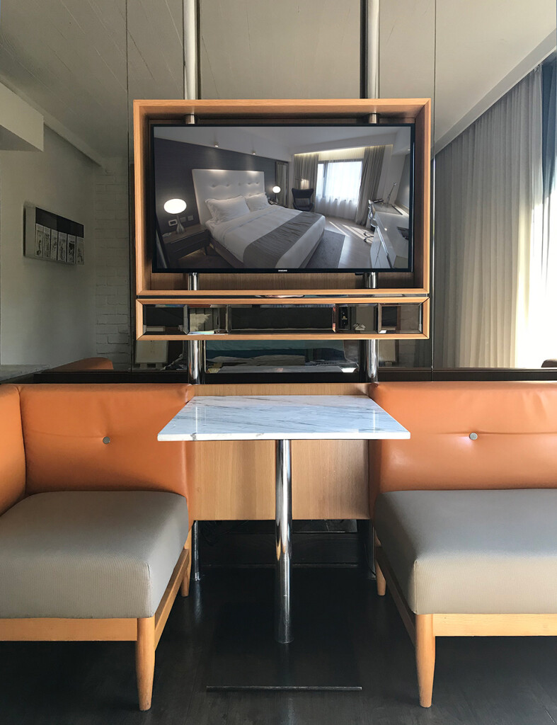 1.-Felix-LA-2020_Installation-view_Yuri-Pattison_1014_Copyright-the-artist-and-mother's-tankstation-limited